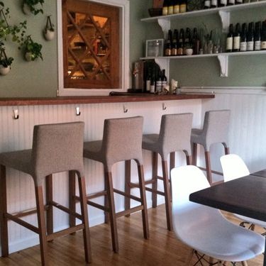 Take Root in Brooklyn has 12 seats and one seating per night.