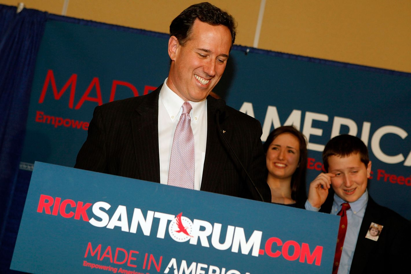 Republican presidential candidate, former U.S. Sen. Rick Santorum addresses supporters after winning the both Alabama and Mississippi primaries on March 13, 2012 in Lafayette, Louisiana.
