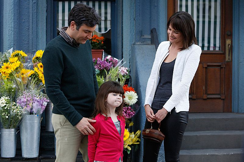 """Last Forever Parts One and Two"" ???€?""Ted finally finishes telling his kids the story of how he met their mother, on the special one-hour series finale of HOW I MET YOUR MOTHER, Monday, March 31 (8:00-9:00 PM, ET/PT) on the CBS Television Network.   Pictured: Josh Radnor as Ted, Cobie Smulders as Robin. Photo: Ron P. Jaffe/Fox ?'?? 2014 Fox Television. All rights reserved"