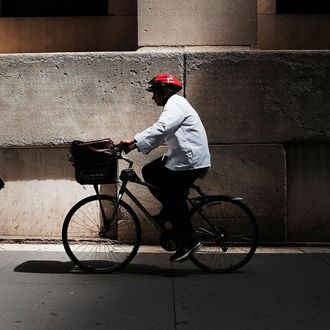 Food Couriers Sue Delivery Services for Underpaying Them