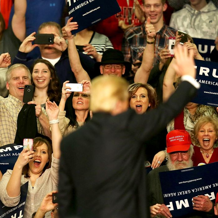 Republican Presidential Candidate Donald Trump Campaigns In Eastern Iowa