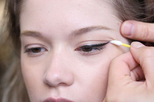 GIF TutorialAn Understated Liquid Liner Look -- The Cut