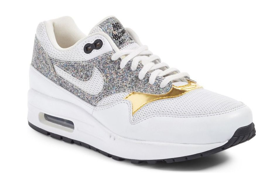 c9925f989b2035 Nike Air Max Day - Shop the Best Nike Sneakers