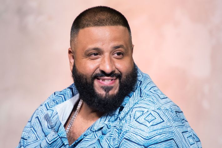 DJ Khaled Attracted Justin Bieber Esque Crowds After His Jet Ski Snapchat Adventure