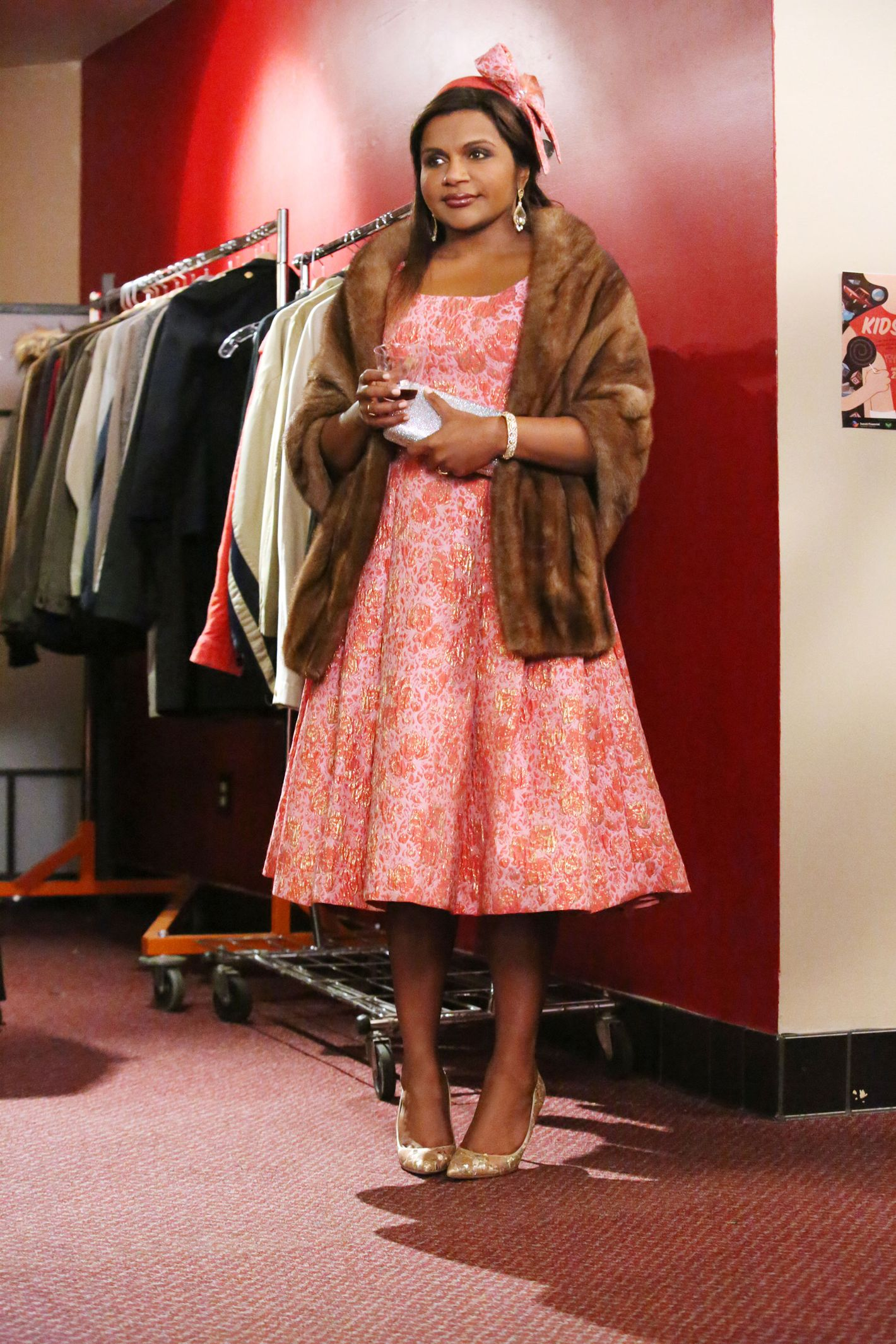 The Mindy Project The Signature Looks And Fashion Of Mindy