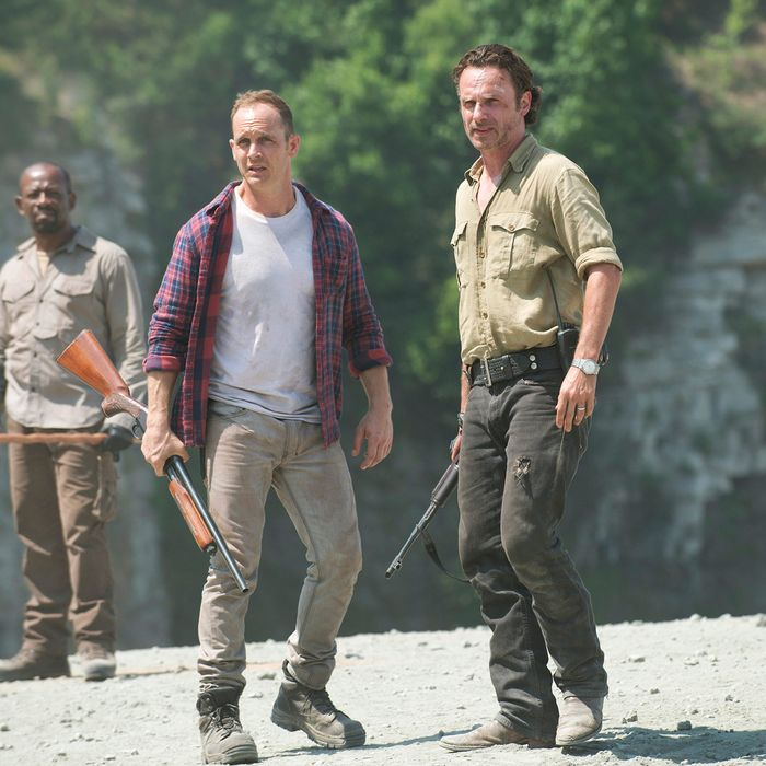 Lennie James as Morgan Jones, Ethan Embry as Carter and Andrew Lincoln as Rick Grimes - The Walking Dead _ Season 6, Episode 1 - Photo Credit: Gene Page/AMC