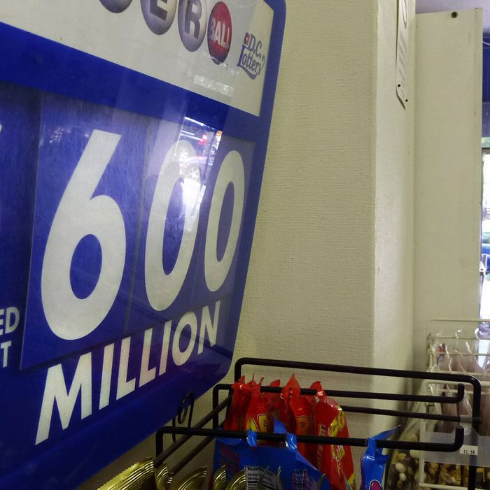 An advertising board shows the record jackpot of the Powerball US lottery with a record jackpot of 600 million US Dollars in a shop in downtown Washington, DC on May 17, 2013. In a statement, the Iowa state lottery agency said the Pawerball jackpot -- played in 43 states -- now is