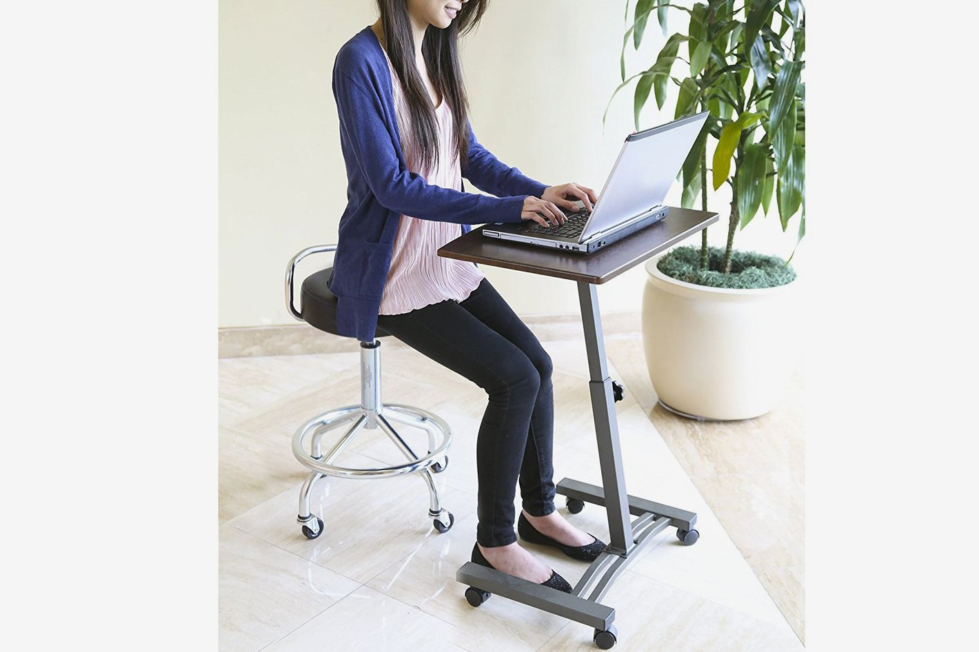 Seville Classics  Height-Adjustable Mobile Laptop Computer Desk Cart