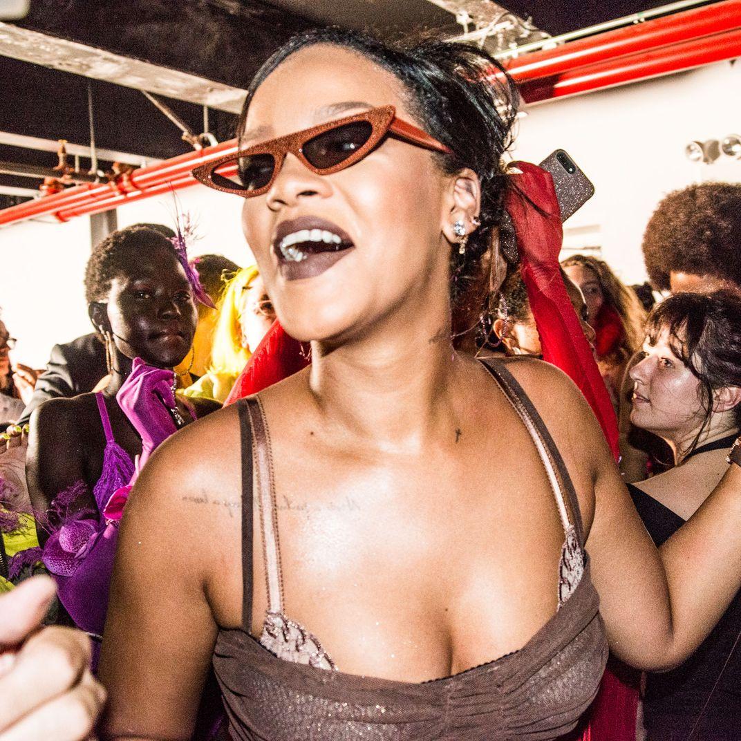 a99987137 See Inside Rihanna s Savage X Fenty Runway Show