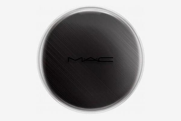 M.A.C Chromacake in 'Black Black'