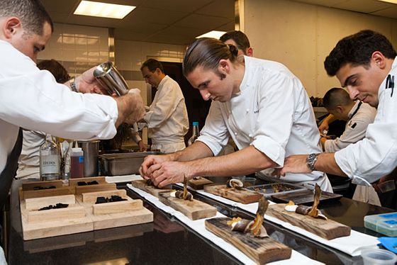 a night in the kitchen during alinea s eleven madison park