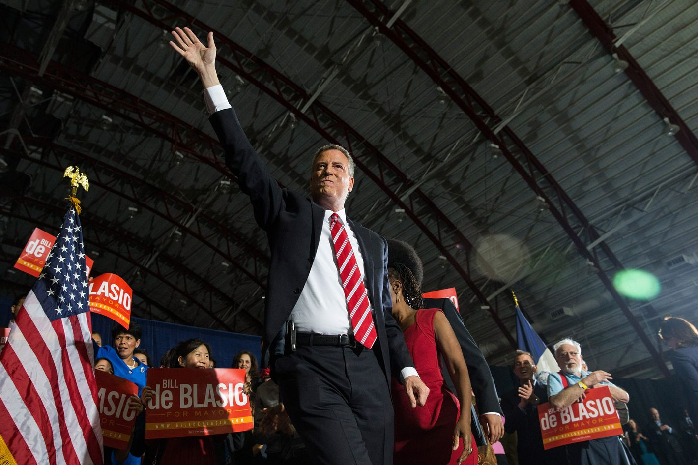 Newly elected New York City Mayor Bill de Blasio waves to the crowd at his election night party on November 5, 2013 in New York City. De Blasio beat out Republican candidate Joe Lhota and will succeed Michael Bloomberg as the 109th mayor of New York City. He is the first Democratic mayor in 20 years.