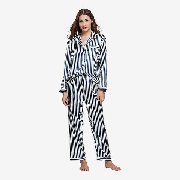 NEW Logo Tee /& Legging Set Victoria Secret  PJ Set White Womens Sleepwear