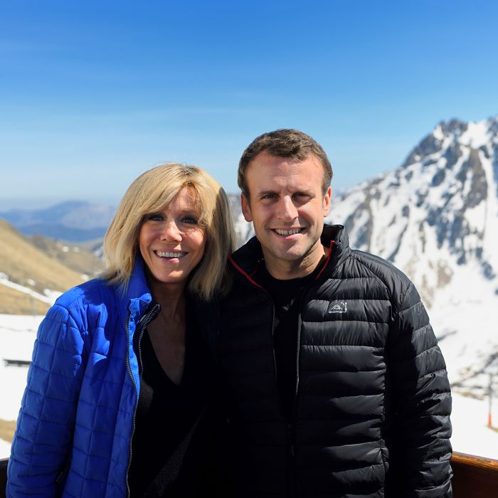 Emmanuel Macron Wife High School Teacher Brigitte Trogneux