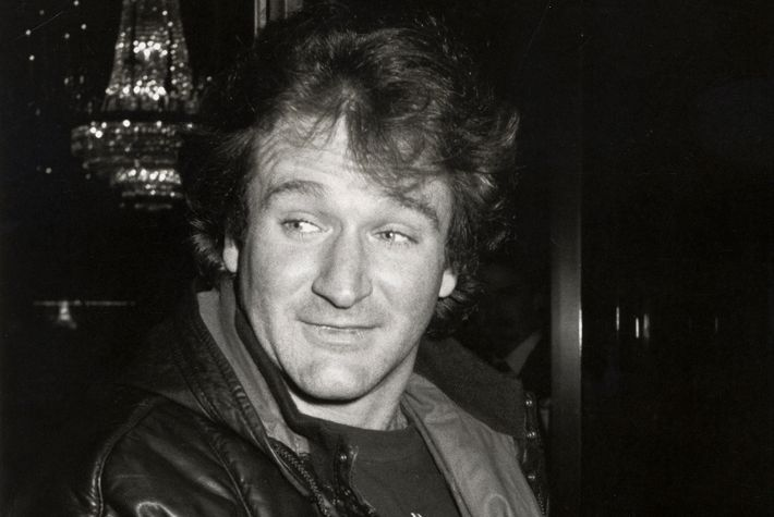 the story of robin williams�s last night with john belushi