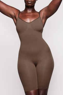 Skims Sculpting Seamless Mid-Thigh Bodysuit