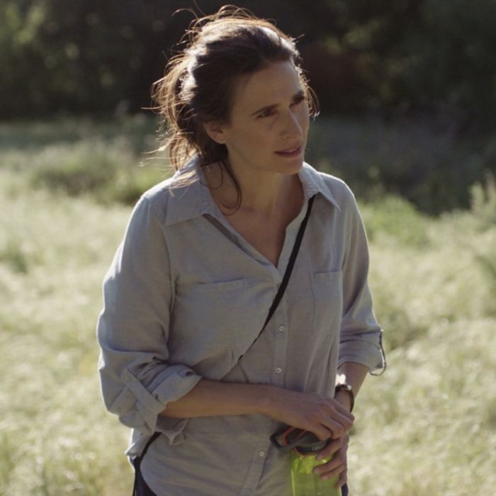 Michaela Watkins as Valerie.