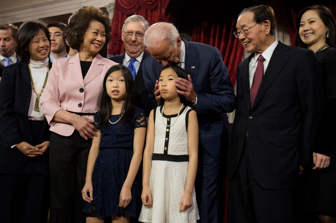 9 Times Joe Biden Creepily Whispered In Womens Ears