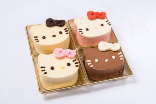 This pop up only serves food that looks like hello kitty for Cuisine hello kitty