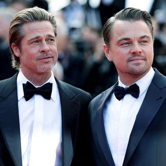 Leo DiCaprio, Brad Pitt Starstruck by Luke Perry on Film Set