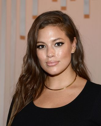 654529912bf3d Ashley Graham Calls Out Amy Schumer Over Her 'Double Standard' on the Term  'Plus-Size'