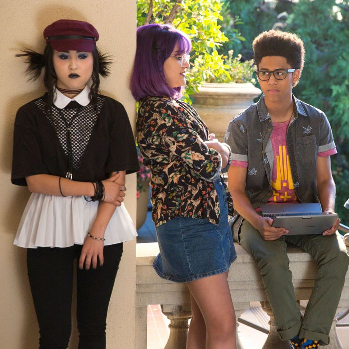'Marvel's Runaways' Recap, Season 1 Episode 7: 'Refraction'