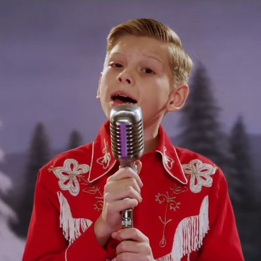 Happy Holidays, I Got You the Yodel Kid Singing 'White Christmas'