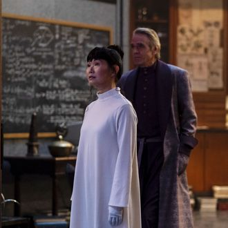 Hong Chau and Jeremy Irons in Watchmen.