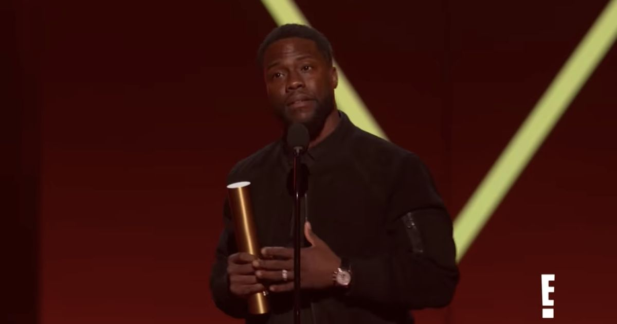 Kevin Hart Makes His First Public Appearance Since Car Accident at People's Choice Awards - Vulture