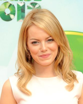 Actress Emma Stone attends Nickelodeon's 25th Annual Kids' Choice Awards