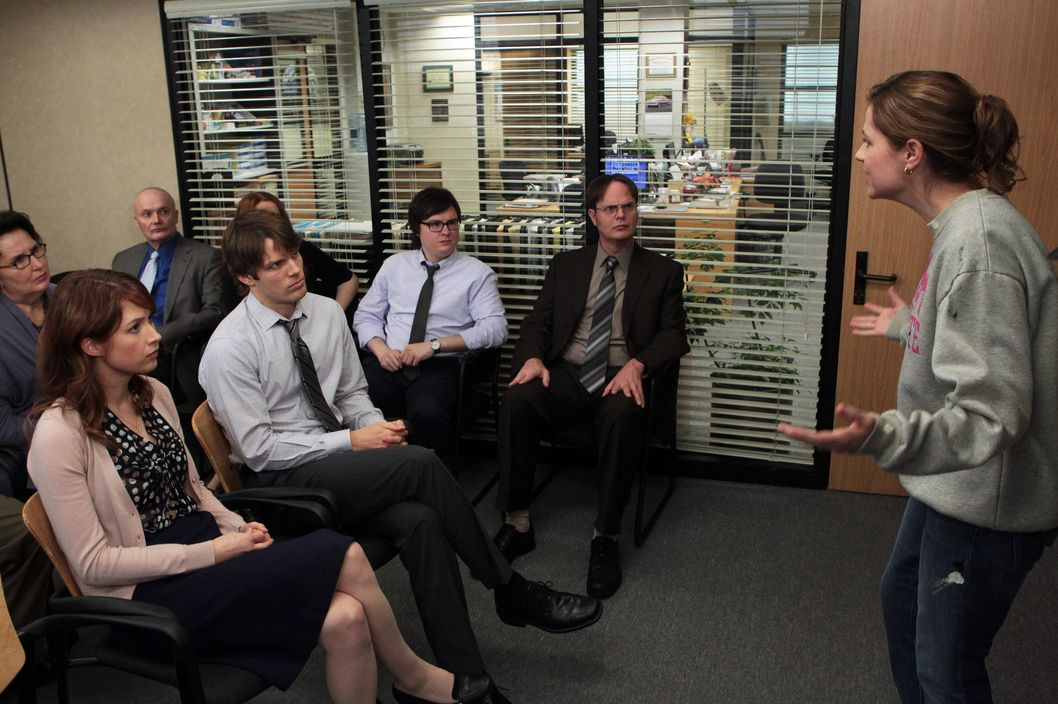 "THE OFFICE -- ""Vandalism"" Episode 915 -- Pictured: (l-r) Phyllis Smith as Phyllis Vance, Ellie Kemper as Erin Hannon, Creed Bratton as Creed Bratton, Jake Lacy as Pete, Clark Duke as Clark, Rainn Wilson as Dwight Schrute, Jenna Fischer as Pam Halpert"