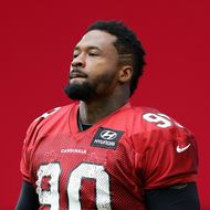 GLENDALE, AZ - JULY 26: Defensive tackle Darnell Dockett #90 of the Arizona Cardinals arrives to practice during the team training camp at University of Phoenix Stadium on July 26, 2013 in Glendale, Arizona. (Photo by Christian Petersen/Getty Images) *** Local Caption *** Darnell Dockett