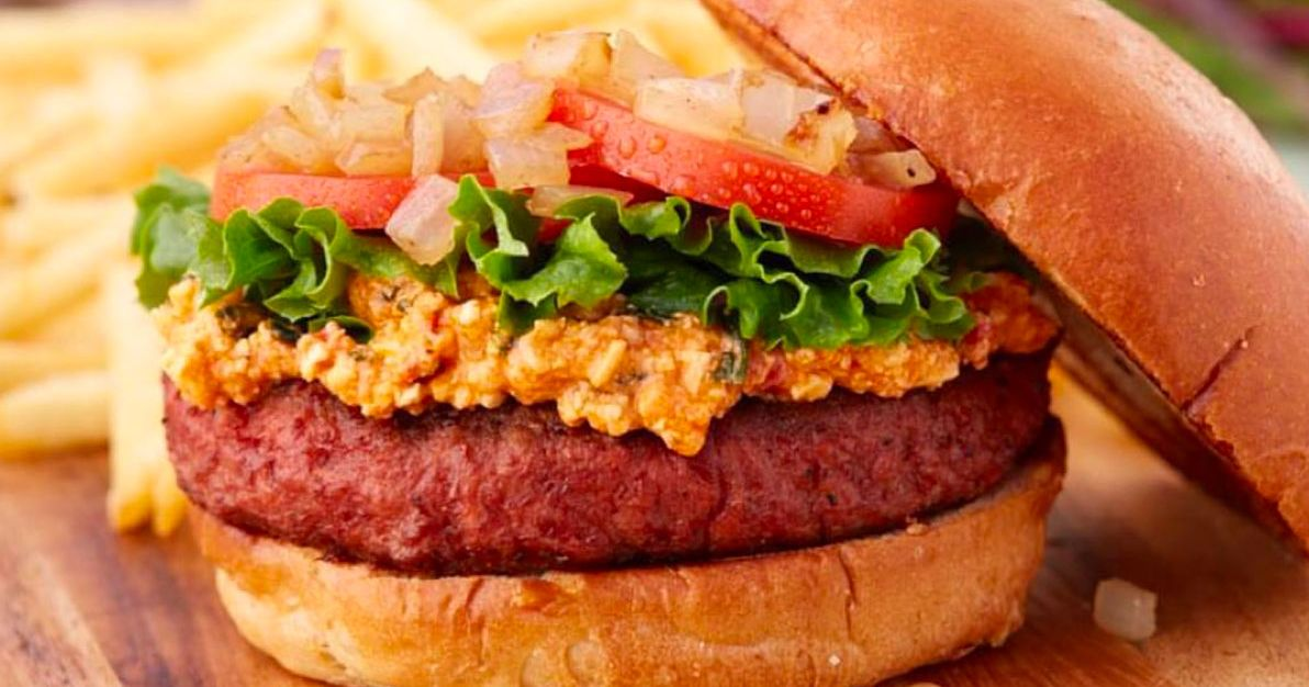 Restaurant Chain Refuses to Sell Vegan Burger Without Dairy