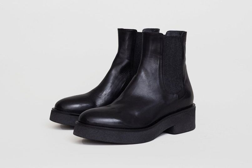 No.6 Pull on Crepe Sole Boot