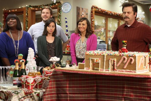 "PARKS AND RECREATION -- ""Citizen Knope"" Episode 410 -- PIctured: (l-r) Retta as Donna, Chris Pratt as Andy Dwyer, Aubrey Plaza as April Ludgate, Rashida Jones as Ann Perkins, Nick Offerman as Ron Swanson."