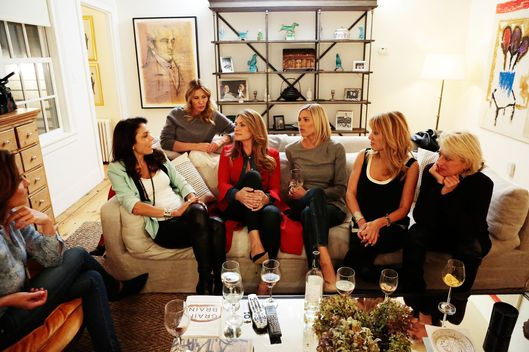 "THE REAL HOUSEWIVES OF NEW YORK CITY -- ""New House, Old Grudges"" Episode 702 -- Pictured: (l-r) Luann De Lesseps, Bethenny Frankel, Carole Radziwill, Heather Thomson, Kristen Taekman, Ramona Singer, Dorinda Medley -- (Photo by: Giovanni Rufino/Bravo)"