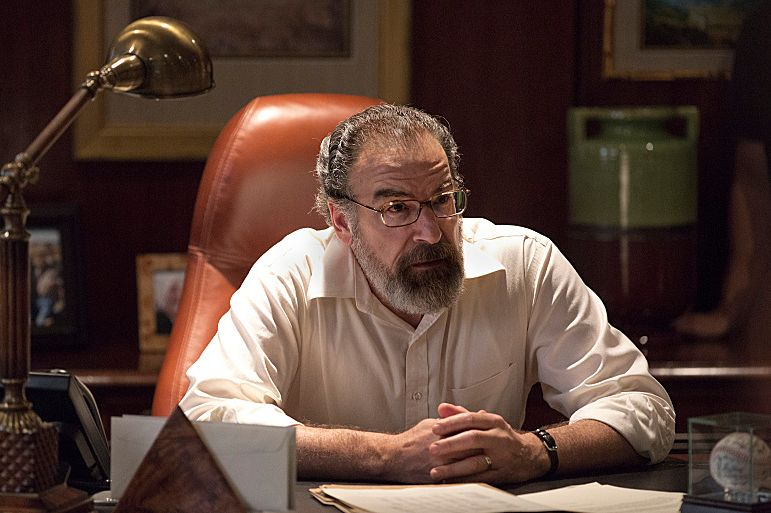 Mandy Patinkin as Saul Berenson in Homeland (Season 3, Episode 4). - Photo:  Kent Smith/SHOWTIME - Photo ID:  homeland_304_2585.R