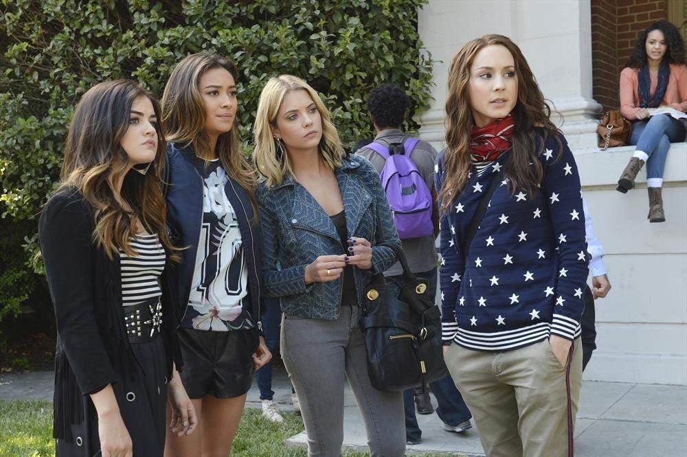 The 100 Craziest Moments in Pretty Little Liars History