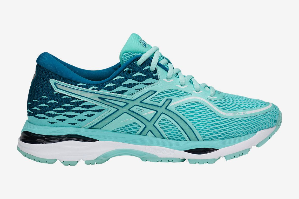 The best running shoes for beginning runners. Asics GEL-Cumulus 19