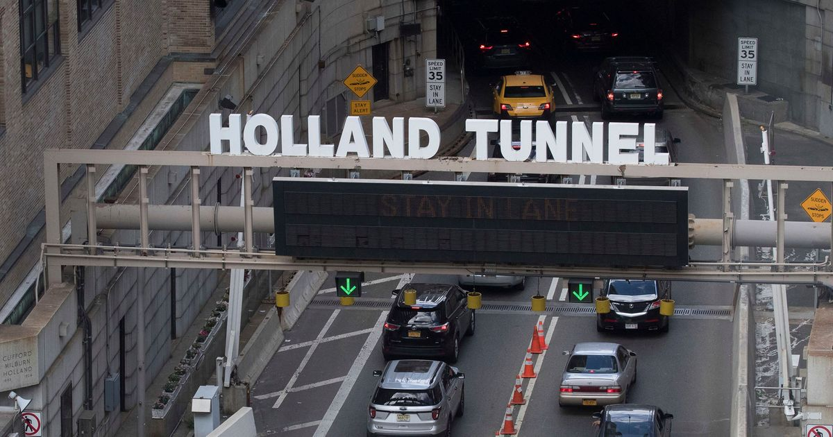 Video: Police Arrest Driver in Chase Outside Holland Tunnel