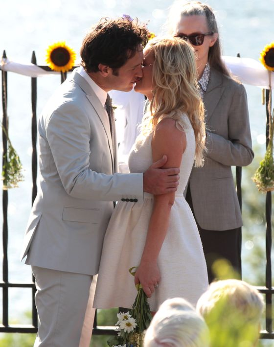 Christopher Meloni was locking lips with co-star D'Arcy Fellona on the set of their new movie. Not to be outdone though, Paul Rudd was planting a smooch on Amy Poehler on the set as well. <P> Pictured: Amy Poehler and Paul Rudd <P> <B>Ref: SPL420601  250712  </B><BR/> Picture by: Splash News<BR/> </P><P> <B>Splash News and Pictures</B><BR/> Los Angeles:310-821-2666<BR/> New York:212-619-2666<BR/> London:870-934-2666<BR/> photodesk@splashnews.com<BR/> </P>