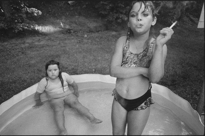 <em>Amanda and Her Cousin Amy</em>, Mary Ellen Mark, 1990.