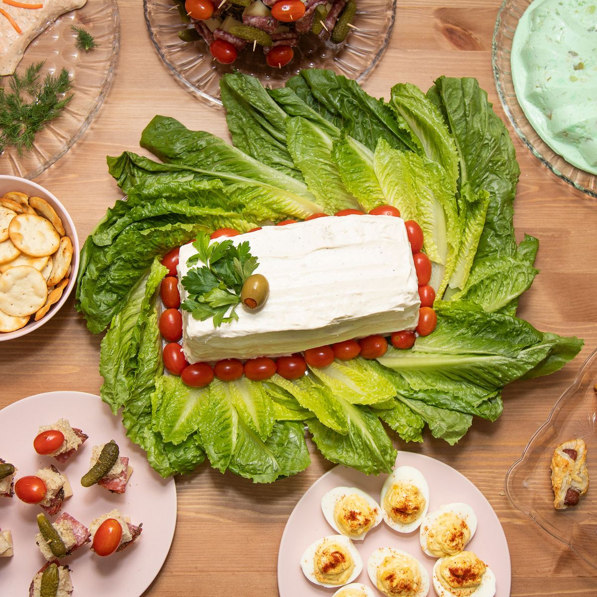 I Hosted a '70s Dinner With Salmon Mousse and Jell-O Salad