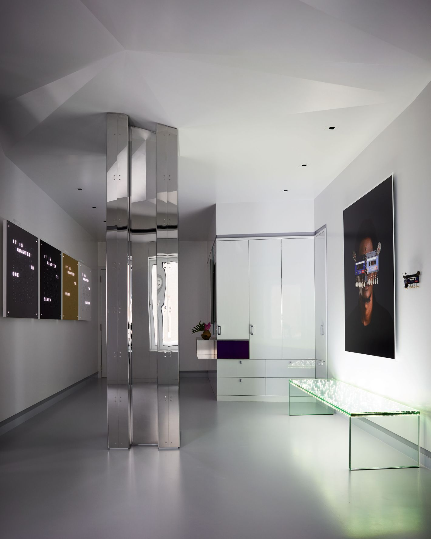 A Central Park South Apartment That\'s Both Gallery and Home