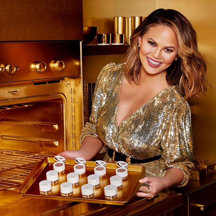 Interview Chrissy Teigen On Her Becca Holiday Collection