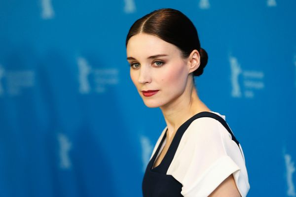 BERLIN, GERMANY - FEBRUARY 12:  Actress Rooney Mara attends the 'Side Effects' Photocall during the 63rd Berlinale International Film Festival at the Grand Hyatt Hotel on February 12, 2013 in Berlin, Germany.  (Photo by Sean Gallup/Getty Images)