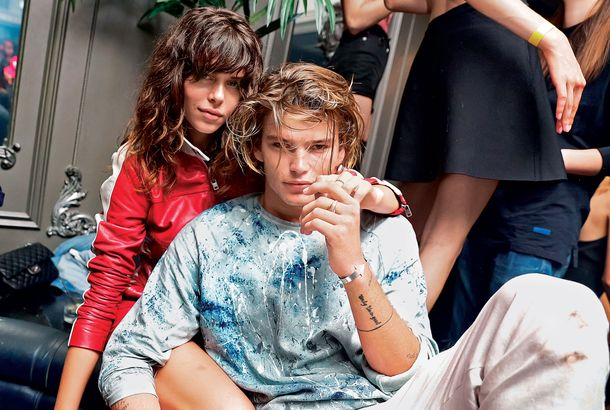 Fashion Week S Hottest Male Model Loves Roller Coasters And Older Womena Trip To Coney Island With Jordan Barrett