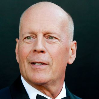 bruce willis declares that despite what you might believe die hard is not a christmas movie - Bruce Willis Christmas Movie