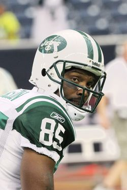HOUSTON, TX - AUGUST 15:  Wide Receiver Derrick Mason #85 of the New York Jets checks the call at the line against the Houston Texans when the Texans host the Jets at Reliant Stadium on August 15, 2011 in Houston, Texas.Texans beat the Jets, 20-16, in the preseason opener.  (Photo by Al Pereira/New York Jets/Getty Images)