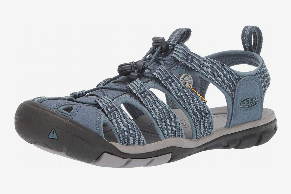 7 Best Water Shoes for Women 2019   The
